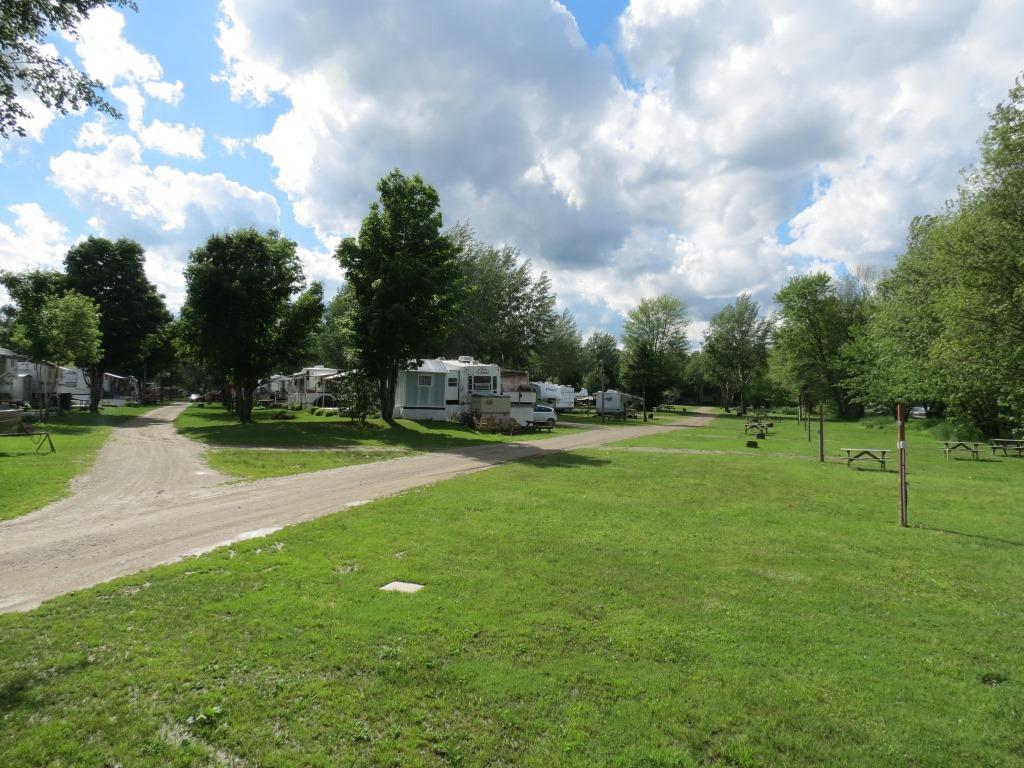 Camping Bois-Francs