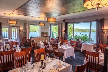 Salle à manger du Manoir du lac William