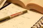 Livres, crayons, études