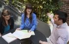 Employés et collègues communication réunion